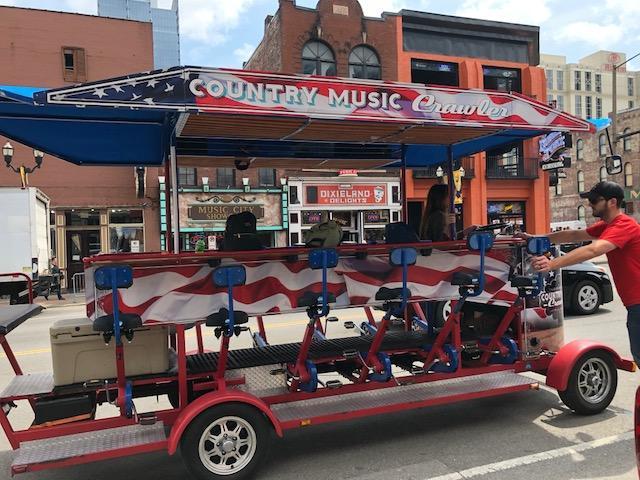 Country Music Crawler in Nashville
